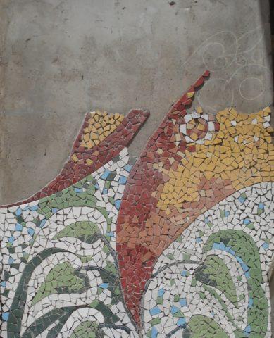 Eco garden Mosaic: Ceramic tiles Style: Stylised Theme: Nature african mosaic art by Kenyan artist